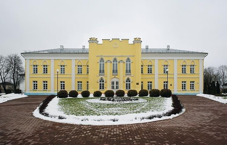 Кричев: дворец Потемкиных и Голынских